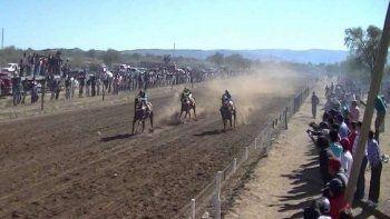 Un caballo desbocado mató a un nene de seis años durante una corrida