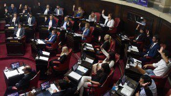 El Senado convirtió en ley el proyecto para renegociar la deuda