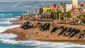 Acantilados y playas de Caleta para disfrutar de las mejores  vistas de la costa santacruceña