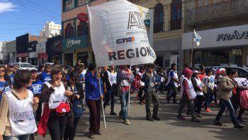 en comodoro se protesto contra el pago de la deuda al fmi