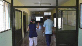 Son numerosas las escuelas de Trelew donde aún no se han cumplido las promesas de Arcioni y su ministro Aguilera.
