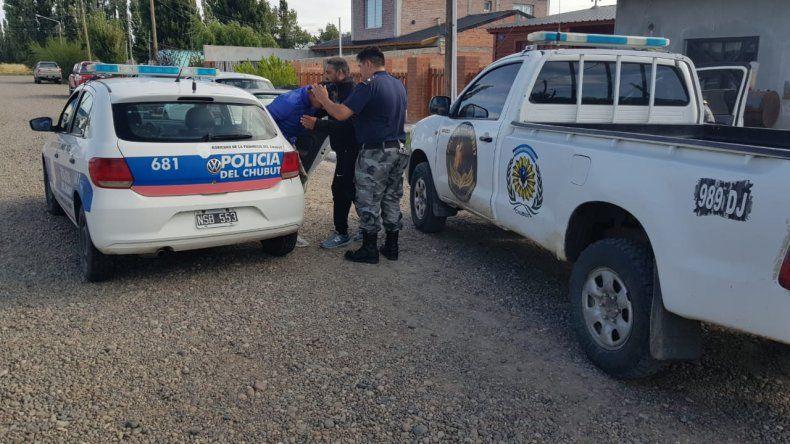 Allanamientos y detenidos por la golpiza en manada en Sarmiento