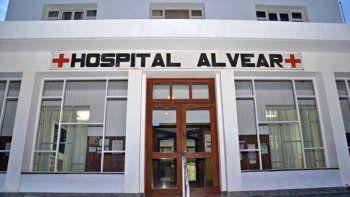 trabajadores del hospital alvear ratifican la retencion de servicios