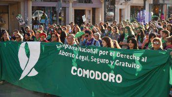 Más de 300 personas manifestaron que el aborto es una deuda de la democracia