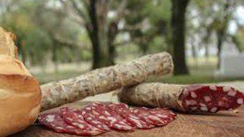 cinco destinos para descubrir los mejores salames argentinos