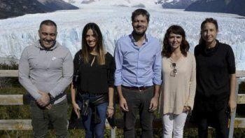 El ministro nacional de Turismo y Deportes, Matías Lammens –centro– se reunió con funcionarios provinciales y visitó el glaciar Perito Moreno.