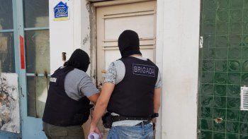 El allanamiento que encabezó ayer la Brigada de Investigaciones en la casa del sospechoso.