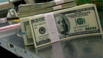 delincuentes se llevaron mas de  100 mil dolares de un departamento