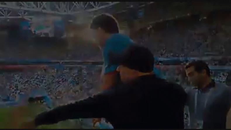 Maradona y una versión de El Necio que emociona