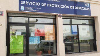 El Servicio de Protección de Derechos de la Niñez, Adolescencia y Familia comenzó con medidas de fuerza debido a los incumplimientos del Gobierno provincial.