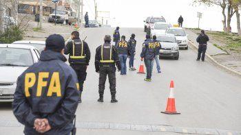 La Policía Federal Argentina después de 8 meses del pedido de captura de Rocha aún no lo puede encontrar por lo que un juez federal volvió a insistir con su detención.